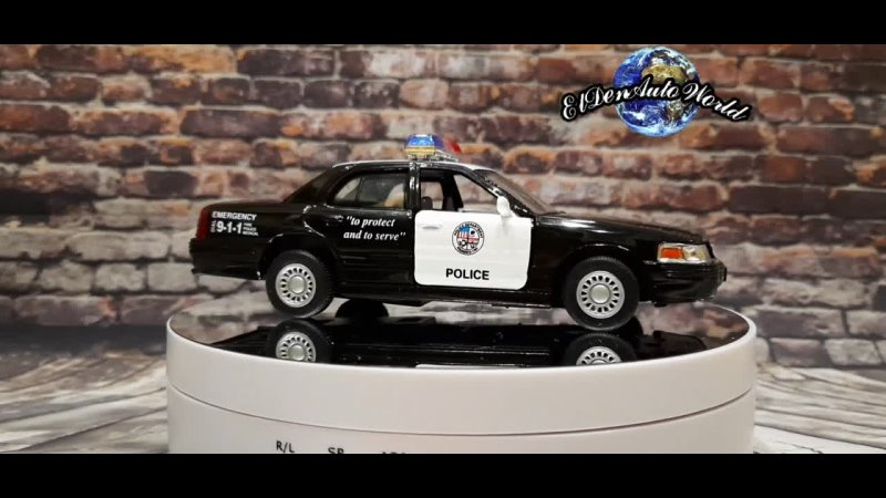 Ford Crown Victoria Police Interceptor Black 1 42 Kinsmart
