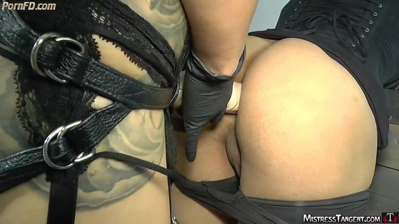 Strapon Mistress fucks sissy