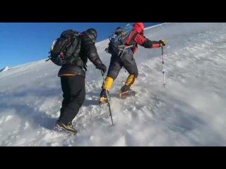 Волков Олег Евгеньевич Лучше гор могут быть только горы...