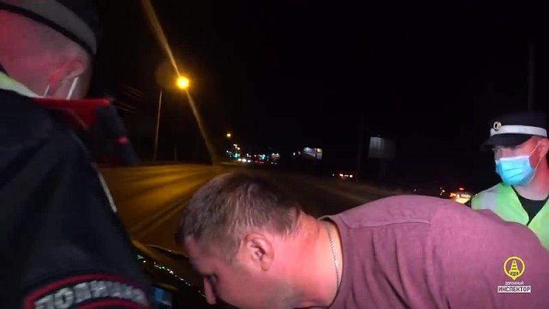 В Перми после погони нетрезвая женщина на Renault укусила инспектора ДПС