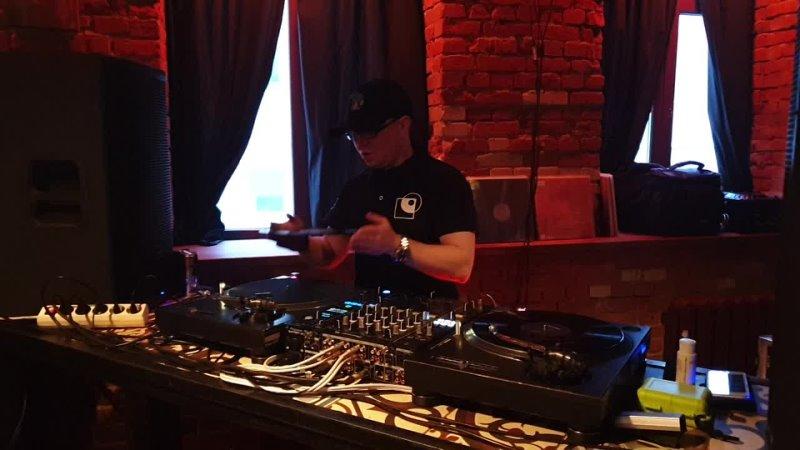 Vinyl Wednesday Soundcheck DJ Sonik D x Evgeny Svalov 4Mal