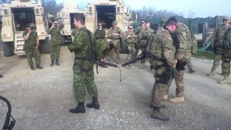 One on one soldier Tug of War, Canada vs USA.mp4