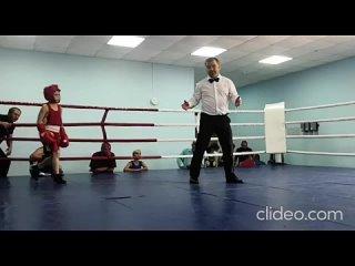 Санкин Вадим (красный угол)1 бой