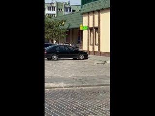 «Посетители кричали, что на улице бьют девушку» очевидцы сообщили о жёстком задержании на Грига (видео) - Новости Калинингр