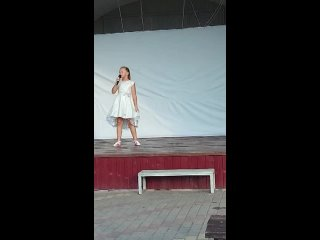 Видео от Мини Радуга ДК Казинка Грязинский район
