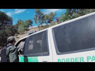Пограничник дерзко выебал нелегальную иммигрантку на границе