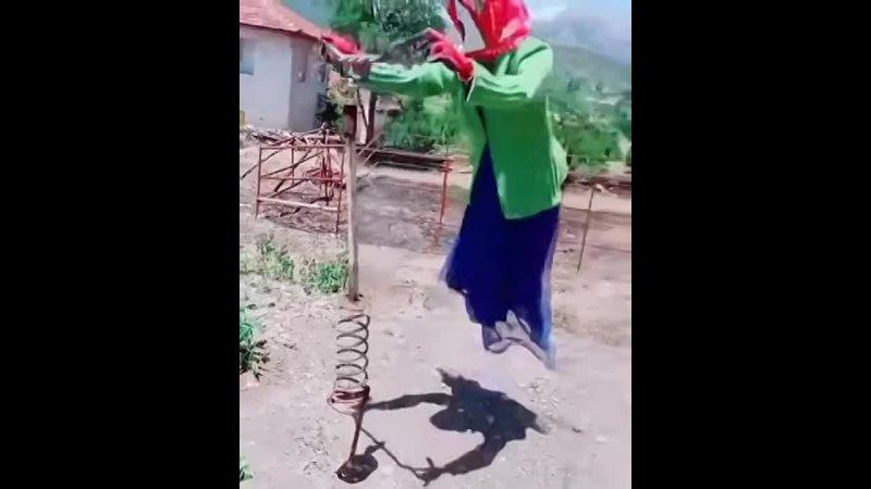 Видео от Школа для особо одарённых детей Уголок Мамонта