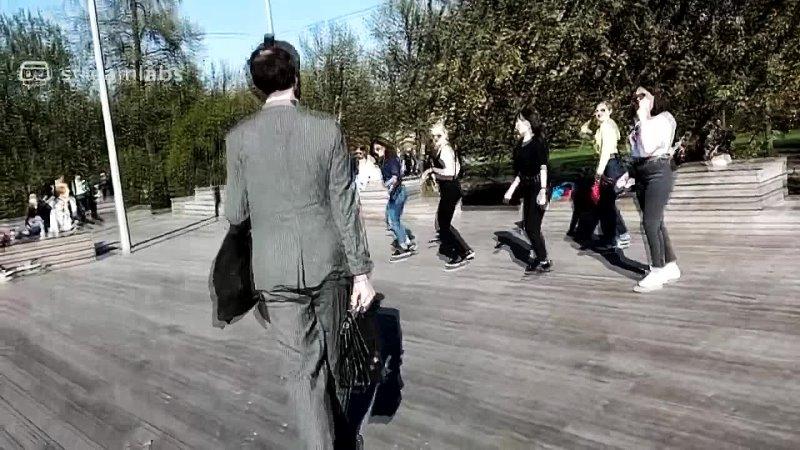 Комунявый старпёр отжигает в Парке Горького