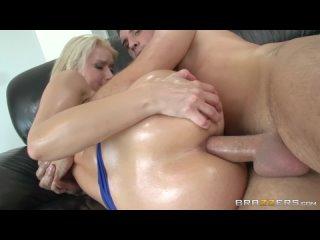 Anikka Albrite 03