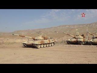 - Российские танкисты выдвинулись к границе Афганистана