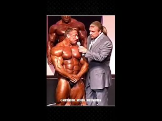 Ronnie Coleman, Jay Cutler, Marcus Rule, Sergio Oliva with Triple H, in a Mr Olympia tournament