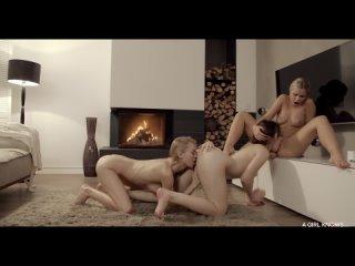 Lola Myluv & Nancy A & Ellie Leen - Оргия русских эскортниц , лесби, бисексуалки, гэнгбенг лесби, ЖЖЖ, threesome porno