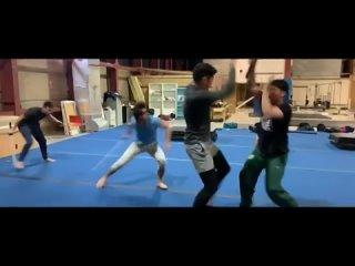 Видео: Генри Голдинг показал тренировку Снейк Айза из Броска Кобры