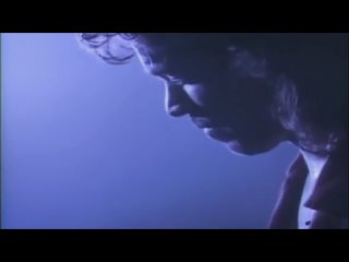 Van Halen - When It's Love (Official Music Video) © 1988