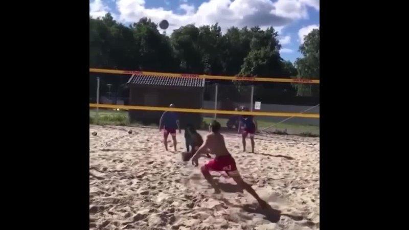 Лучший напарник по волейболу