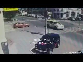 Свадебный автомобиль сбил детей. Челябинская область, Троицк,