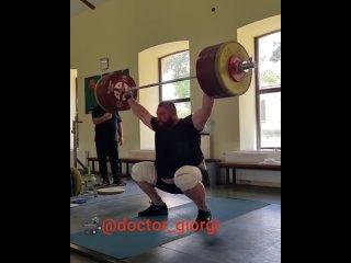 Видео от Тяжелая атлетика
