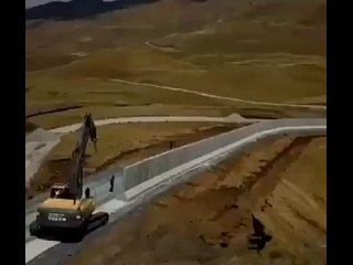 строительство стены турцией
