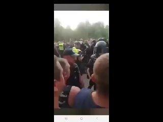 Столкновения гражданских с полицией в Литве