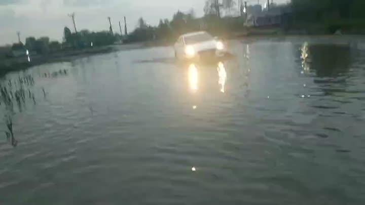 Дизельное море снова разлилось. ⛈ Новости про наводнения в Дизельном проезде ранее: https://vk.com...