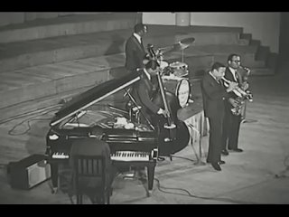 Lee Morgan I Remember Clifford - Art Blakey and The Jazz Messengers ft. Lee Morgan (Live in Belgium 1958) (360p)