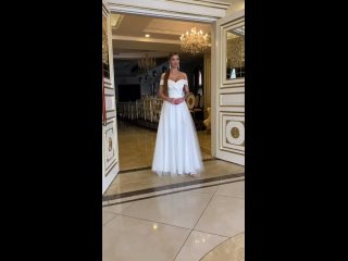 Видео от Свадебный салон. Платья Феста Бьянка Вологда