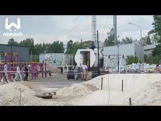 В Дзержинске дети оккупировали почти готовую площадку