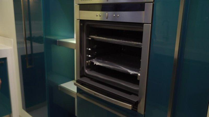 Обзор кухни Выдвижные колонны