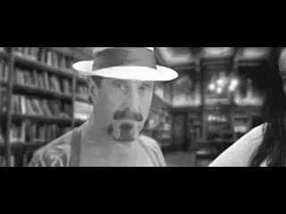 Video by Léopold Salmon