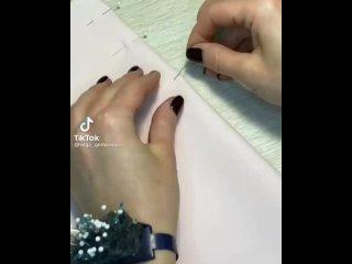 Обработка горловины с V-образным вырезом планками
