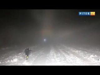 На Эльбрусе спасли трех туристов из Петербурга, застрявших на высоте 5,1 тысячи метров