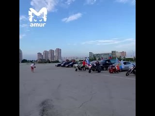Седаны, мотоциклы и карт слились в унисон в Хабаровске в поддержку российских спортсменов