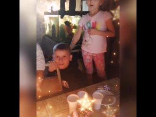 Егору 8 лет