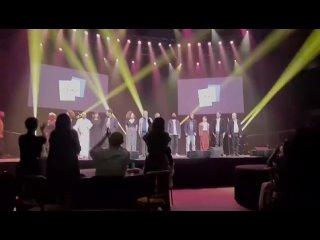 Видео от Бенедикт Камбербэтч и мир рядом с ним