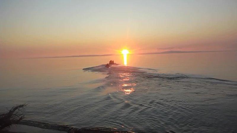 На ватрушке по Байкалу