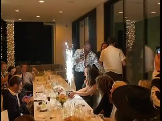Роберт Паттинсон на дне рождения Кейт Бекинсейл -
