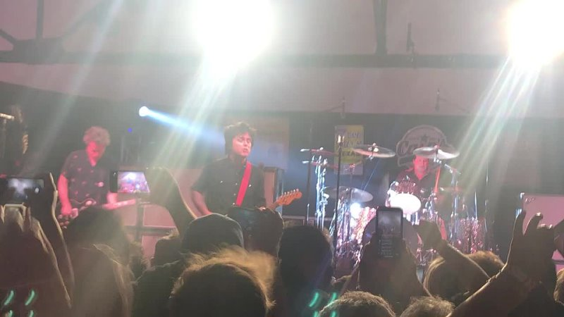 Green Day Welcome To Paradise Tulsa Cains Ballroom