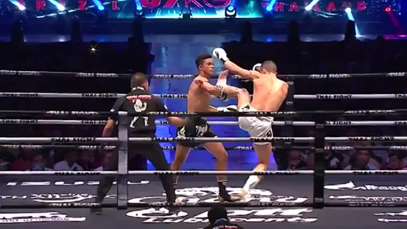 Видео от Тайский бокс Муай тай Кунгфу Йога Меу дам Москва