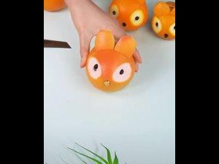 """""""Голова белки"""" из апельсина. Видео из открытых источников сети Интернет, автор неизвестен"""
