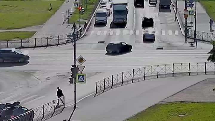 Пушкин, перекресток Петербургского шоссе и Ленинградской улицы.