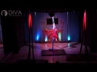 Танцы на полотнах (цирковые полотна), ученица студии Соловьева Соня, хореограф Нина Зенкина