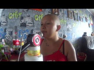 Видео от девочка,которая поёт