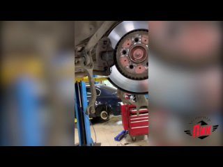 Замена задних амортизаторов Вольво XC90