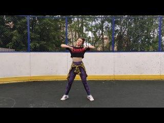 วิดีโอโดย Ksenia Prokhorova