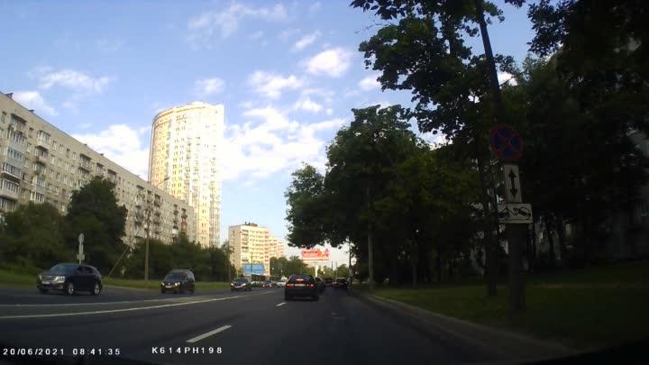 Сообразили с утра на троих на Дачном, от Бульвара Новаторов к проспекту Ветеранов. Проезд по одному ...