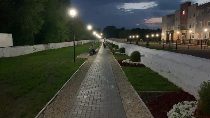 Вечерняя прогулка по школьной тропинке «девятки» от
