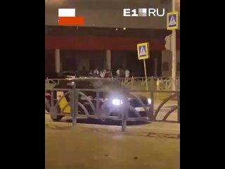 Район Ботаника - Екатеринбург kullanıcısından video