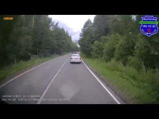 Съёмка как делать не льзя эвакуация авто из канавы.mp4