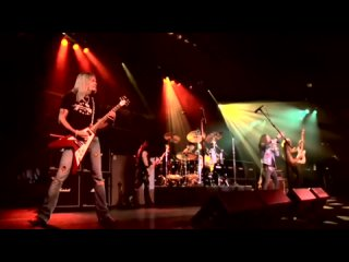 Ratt - Eat Me Up Alive (Official Music Video) © 2011