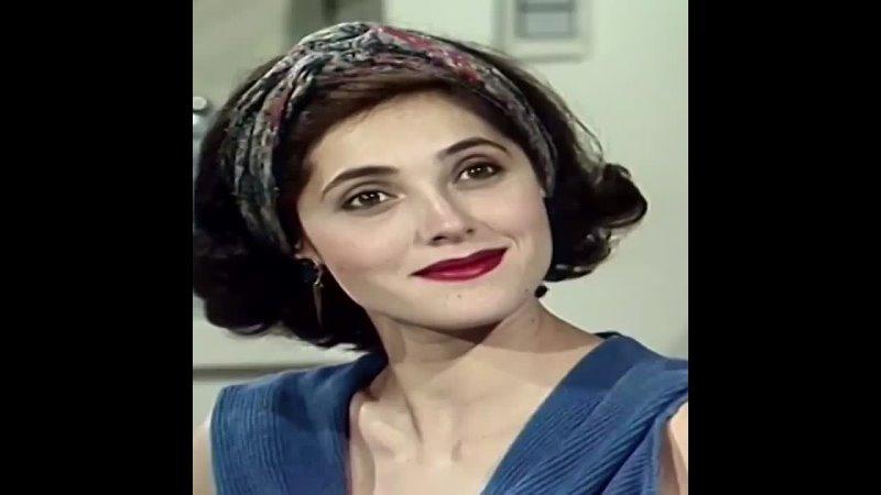 Кристиане Торлони в роли Жо в сериале Кошка съела 1985